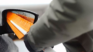 скребки и щетки для автомобиля фото